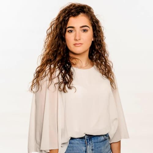 Brooke Scullion Bio, Age, Family, Audition, Coach, The Voice, Net Worth